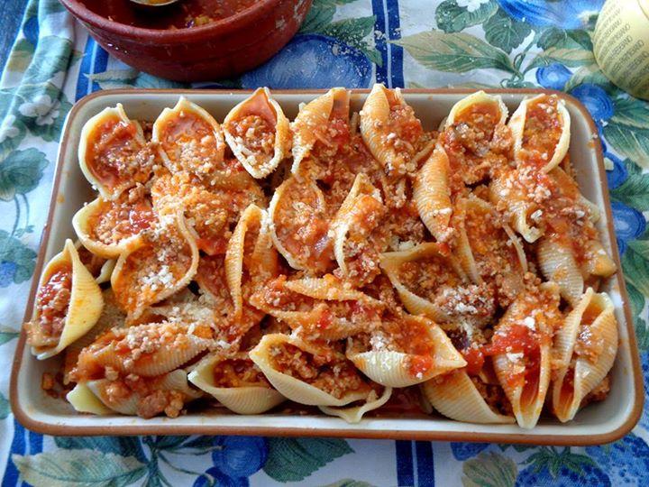 Conchiglioni ripieni ricette italiane della mamma for Ricette italiane