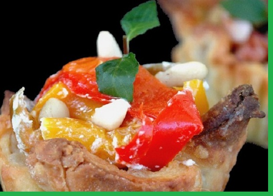 Ricetta funghi e peperoni in cestini di sfoglia