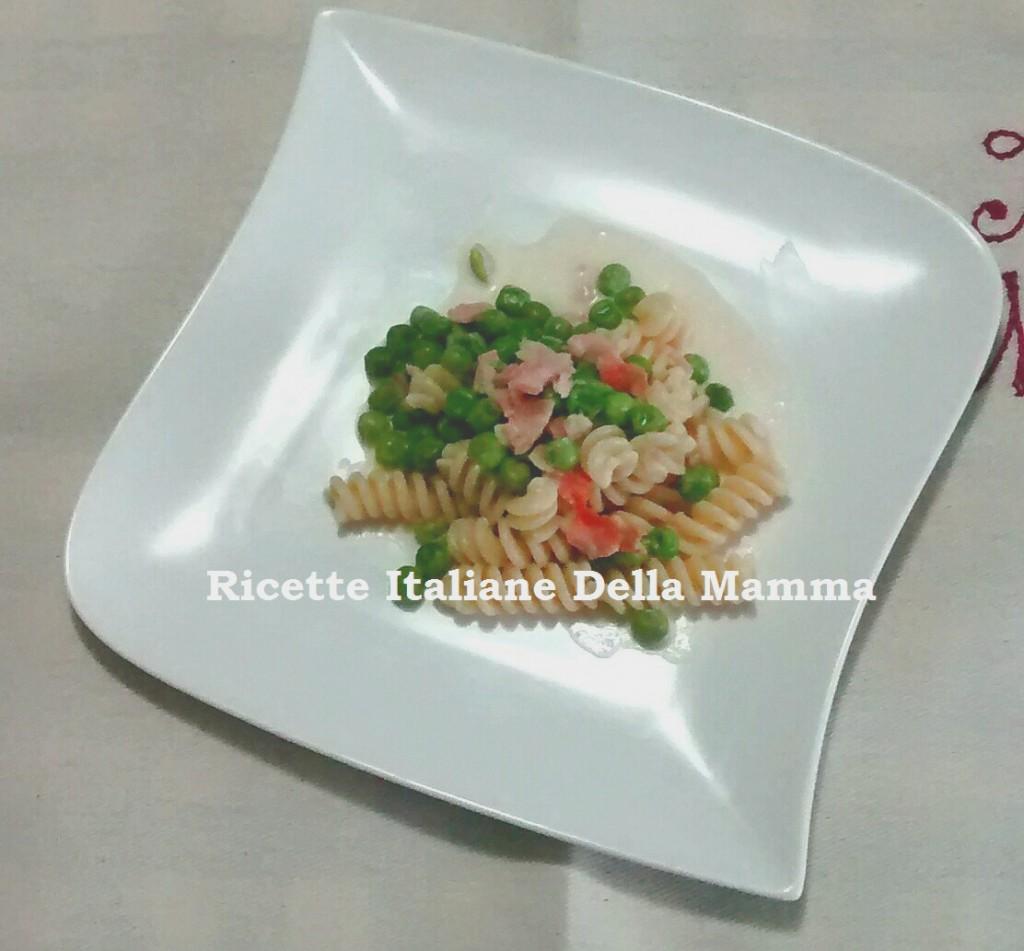 Ricetta Pasta salmone e piselli