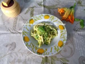 Strozzapreti e zucchine