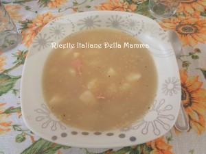 Zuppa di aglio e Quinoa