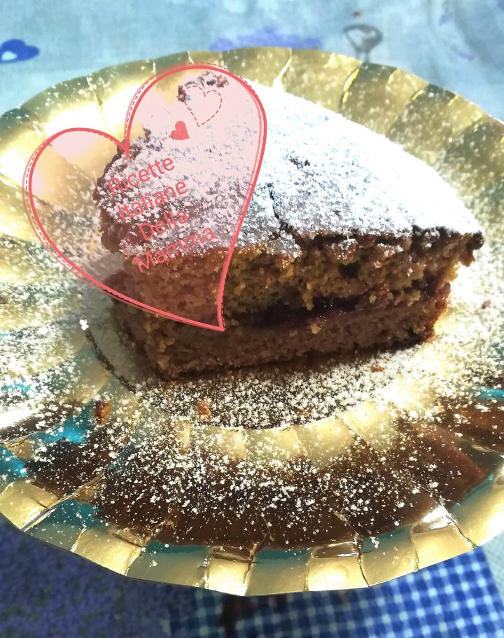Fetta di torta di castagne